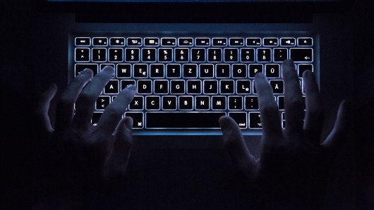 Boris Pistorius will Kommunen besser gegen Hacker schützen. (Symbolbild)