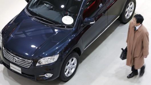 Trotz hochglanzpoliertem Lack: Toyota kann trotz der VW-Krise nicht glänzen.