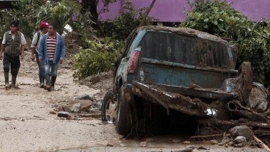 Tropensturm Earl hat Teile Mexikos verwüstet.