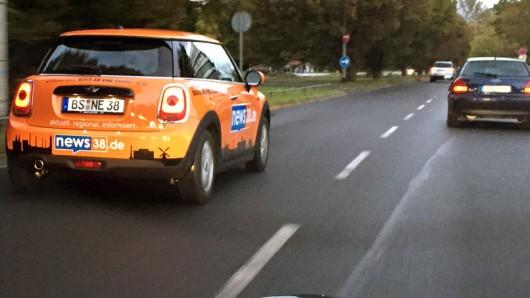 Ein news38.de-Mini in der Theodor-Heuss-Straße in Braunschweig - gesehen von news38.de-User Kevin Hartmann.