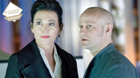 Lea Behrwaldt (Iris Berben) und ihr Sohn Lennart (Jürgen Vogel).