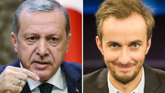 Der türkische Staatschef Recep Tayyip Erdogan (l.) ist mit seiner Beschwerde gegen die Einstellung des Verfahrens gegen TV-Satiriker Jan Böhmermann gescheitert.