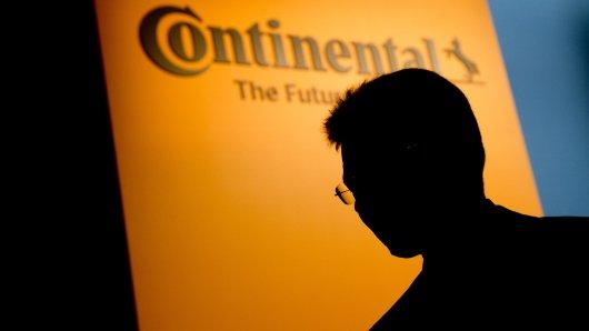 Conti-Boss Elmar Degenhart schließt nichts mehr aus (Archivbild).