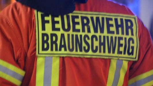 Fahrer und Beifahrer waren bei dem Unfall auf der Hansestraße verletzt worden. (Symbolbild)