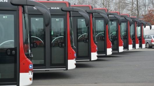Die Busse der Braunschweiger Verkehrs GmbH müssen zum Teil andere Strecken fahren (Archivbild).