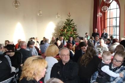 Weihnachtsfeier In Braunschweig.Oh Du Fröhliche Auf Der Diakonischen Weihnachtsfeier News38 De