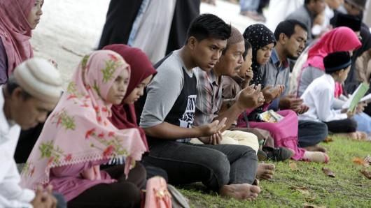 Unter anderem in Banda Aceh gedachten die Menschen der fast 250.000 Tsunami-Opfer, die der Flutwelle am 26. Dezember 2004 zum Opfer gefallen sind.