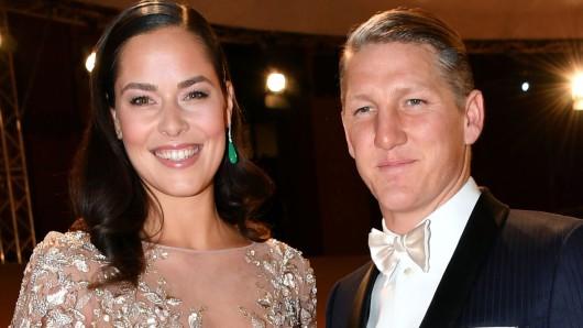 Ana Ivanovic, seit fünfeinhalb Monaten Ehefrau von Fußball-Weltmeister Bastian Schweinsteiger, hat sich vom Profi-Tennis verabschiedet.
