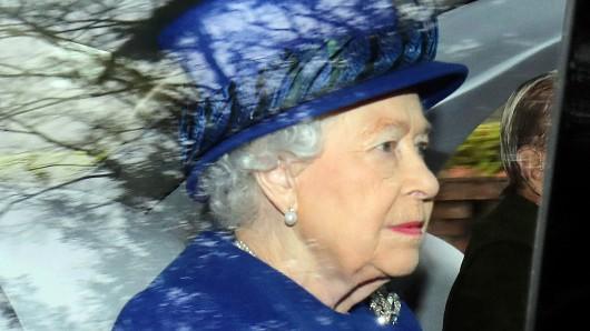 Queen Elizabeth II. auf dem Weg zum Gottesdienst.