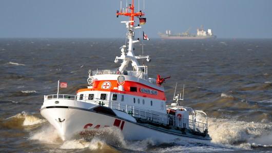 Ein Seenotrettungskreuzer der Deutschen Gesellschaft zur Rettung Schiffbrüchiger (DGzRS) (Symbolbild).