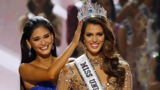 Iris Mittenaere aus Frankreich wurde am 30. Januar 2017 in Pasay, Philippinen, von Pia Wurtzbach, der Miss Universe 2015 zur Miss Universe 2016 gewählt. Die 24-Jährige aus der nordfranzösischen Stadt Lille setzte sich in Manila gegen insgesamt 85 Konkurrentinnen durch.