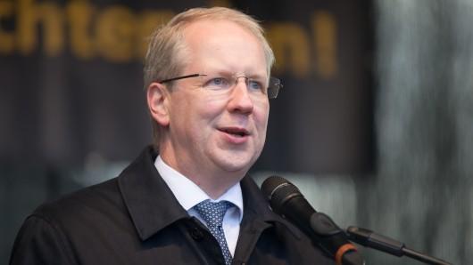 Gegen den Oberbürgermeister der Stadt Hannover, Stefan Schostok (SPD), wird ermittelt. (Archivbild)