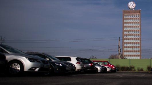 Die Gehälter der Betriebsräte bei VW sorgen für Wirbel. Die Staatsanwaltschaft ermittelt.