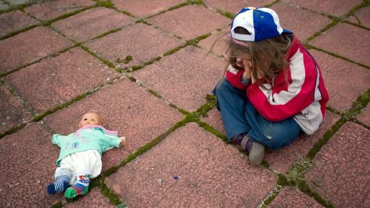Mädchen allein zu Haus: Mutter wollte zu Freund (Symbolbild).