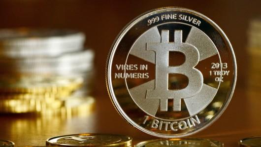 Bitcoin-Münzen (Archivbild)