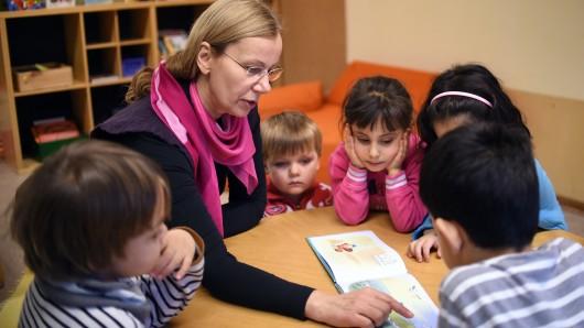 Kinder in einer Kindertagesstätte (Archivbild)