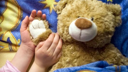 Der Teddy muss mit.
