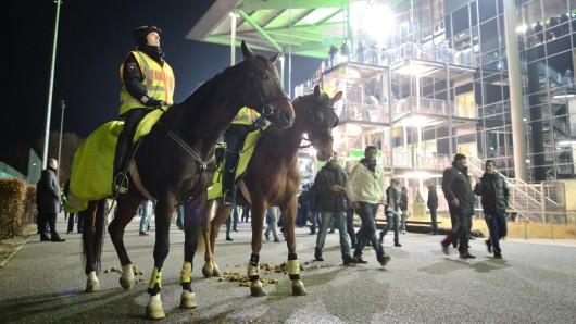 Zum nächsten Heimspiel verschärft der VfL Wolfsburg sein Sicherheitskonzept. (Symbolbild)