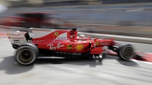 Sebastian Vettel wurde mit seinem Ferrari im ersten freien Training vor dem Großen Preis von Bahrain am Sonntag Erster.