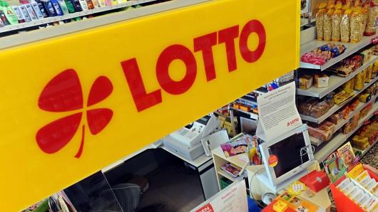 An einem Toto-Lotto-Geschäft in Schöningen sind zwei Unbekannte gescheitert (Symbolbild).