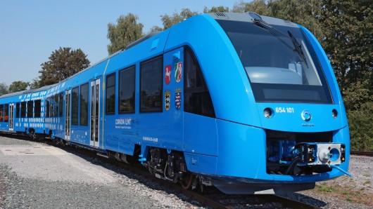 Der Coradia-Brenstoffzellenzug auf dem Alstom-Werksgelände in Salzgitter: Im März hatte er seine Probefahrt bestanden.