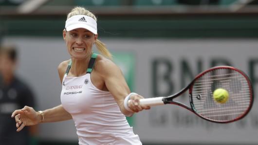 Die Weltranglisten-Erste des Damen-Tennis, Angelique Kerber, ist bereits in der ersten Runde der French Open ausgeschieden.