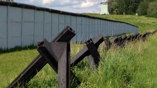 Die ehemalige innerdeutsche Grenze zwischen Schöningen und Hötensleben: Als Denkmal hält sie die Erinnerung an die deutsch-deutsche Teilung aufrecht.