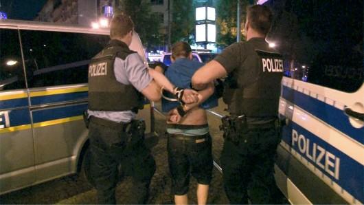 Die Polizei konnte vier Verdächtige festnehmen (Archivbild).