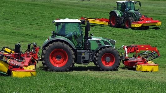 Traktoren der Marke Fendt - ein ähnliches Modell wurde in Tülau geklaut.