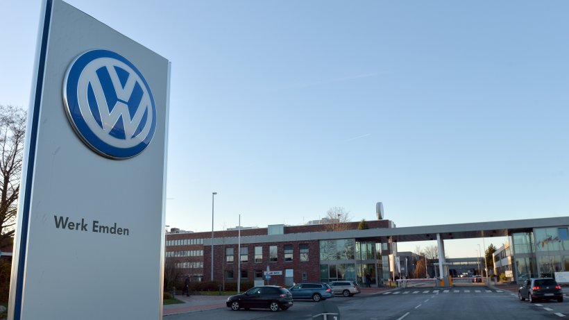 VW-Unfall-im-Werk-Hubschrauber-fliegt-Mitarbeiter-in-Klinik