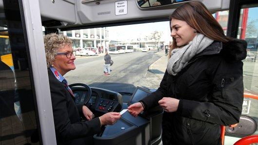 Fast 100 Millionen Euro pumpt das Verkehrsministerium in den ÖPNV in Niedersachsen (Archivbild).
