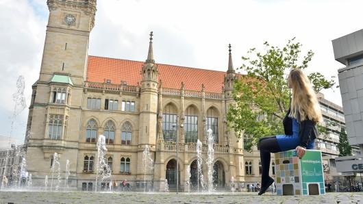 Mobile Sitzhocker sollen den Besuchern der Innenstadt bei der Aktion meinlieblingsplatz ermöglichen, ihre Lieblingsplätze in der Löwenstadt neu zu entdecken.