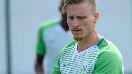 Nichts zu Lachen gegen den FC Winterthur: Marvin Stefaniak und der VfL Wolfsburg (Archivbild).