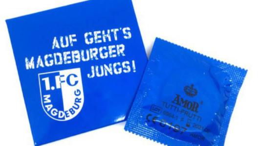 Der 1. FC Magdeburg bringt ab sofort eine eigene Kondomlinie in den Handel.