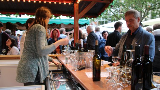 Zehn Tage lang können auf dem Braunschweiger Weinmarkt verschiedene Weisorten probiert werden.