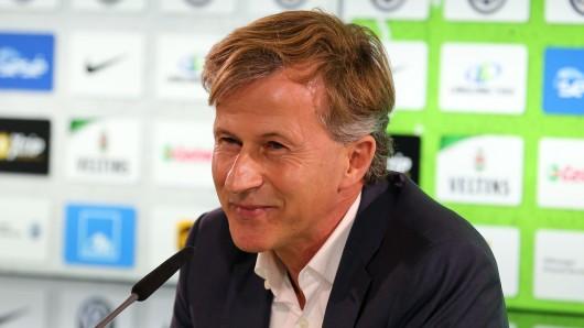 VfL-Trainer Andries Jonker freut sich auf das Heimspiel.