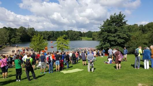 Zahlreiche Zuschauer hat der Braunschweig-Triathlon Anfang August an den Heidbergsee gelockt.
