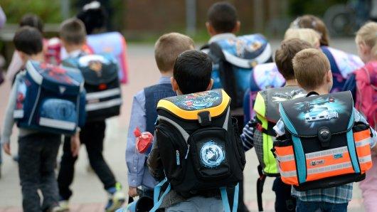 Ein Beitrag der AfD Gifhorn schlägt hohe Wellen. Eine Grundschule sieht ihren Ruf geschädigt. (Symbolbild)