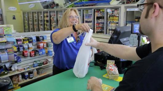 In diesem Geschäft von Pride Station & Store hat die 53-jährige Gewinnerin ihr Los gekauft.