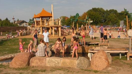 Der Wasserpark Hehlingen hat in dieser Saison länger geöffnet.