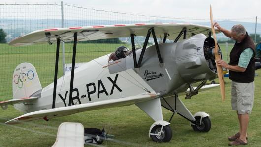 Echtes Flugzeug oder nur ein Modell? Da muss man schon genauer hinsehen?