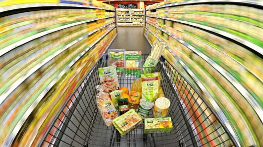 Für Bio-Lebensmittel geben Verbraucher fast doppelt so viel aus als noch vor zehn Jahren.