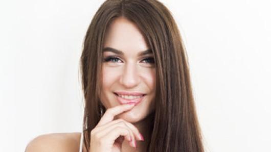 Die Braunschweiger Fotografin Jennifer ist heute eine der 15 Kandidatinnen bei der Dating-Show Kiss Bang Love auf Pro7