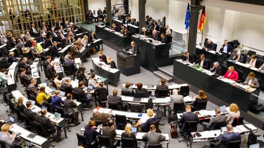 Der Landtag hat während der zu Ende gehenden Legislaturperiode mehr als 150 Gesetze verabschiedet. In der kommenden Woche gibt's die letzte Sitzung vor den vorgezogenen Neuwahlen.