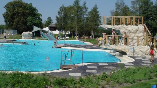 Der Saisonabschluss im Freizeitbad Grasleben. Trotz schlechter Besucherzahlen ist das Resümée der Betreiber positiv.