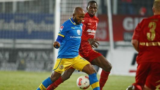 Als Einziger Löwe bereits beim letzten Aufeinandertreffen 2013 dabei gewesen: Domi Kumbela schoss damals den Siegtreffer für die Eintracht.