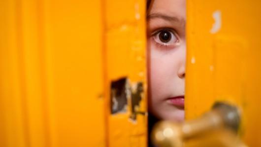Ein Zweijähriger ist in Celle allein unterwegs gewesen (Symbolbild).