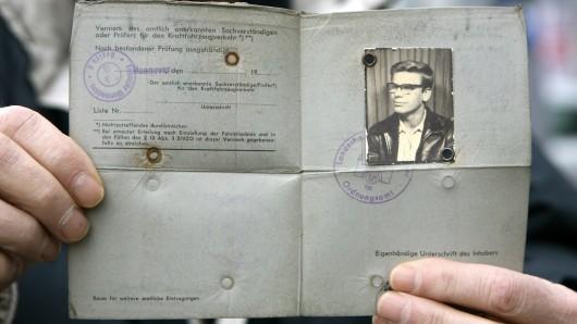 Ja, so sahen die Führerscheine damals aus - als der Sassenburger noch eine Fahrerlaubnis besaß... (Symbolbild).