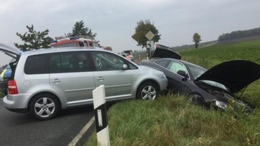 Die Insassen der beiden Wagen blieben unverletzt.
