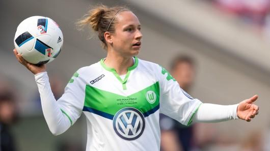 Babett Peter erzielte in Duisburg das Tor des Tages für den VfL Wolfsburg (Archivbild).
